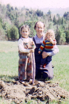 Sarah, Phoebe, and Dad, June 1978
